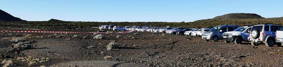14 juillet 2017 - Ile de la Réunion - Eruption au Piton de la Fournaise - Parking Foc Foc  -
