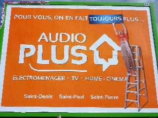 St-Pierre - Pub Audio Plus