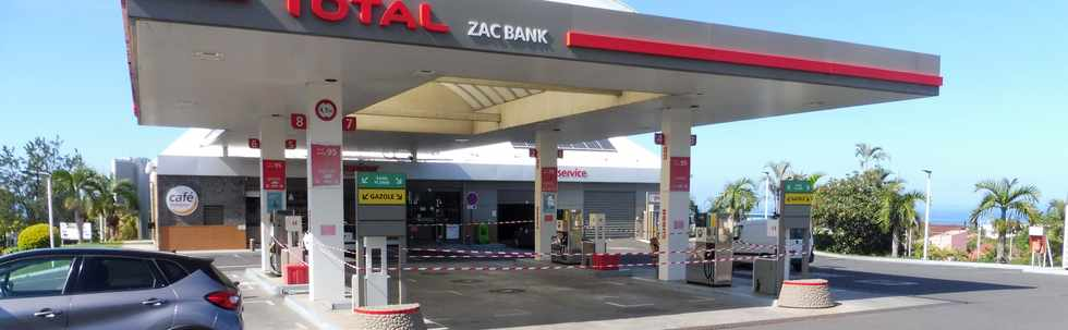 30 novembre 2018 - St-Pierre - Station ZAC Banks en rupture de carburant